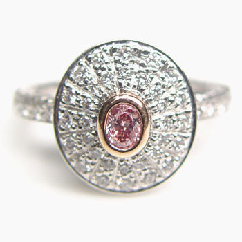 View 0.19ct Fancy Intense Pink