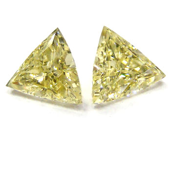 View 0.66 ct. Triangular Fancy Yellow (Pair)