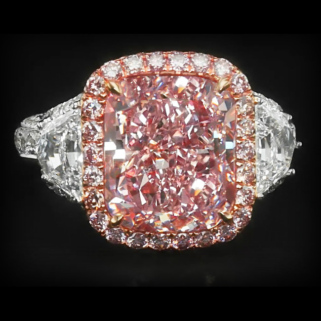 View 5.59 ct. Cushion Fancy Pink